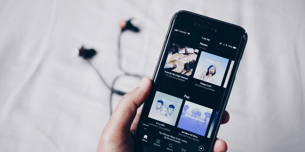 Какую музыку вы слушаете? Жанровая классификация на Python